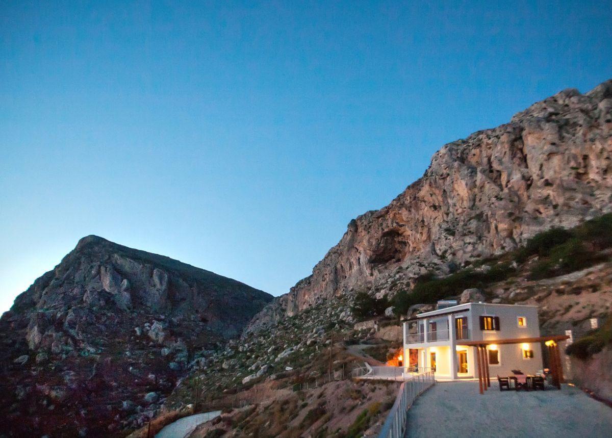Villa Symblegades